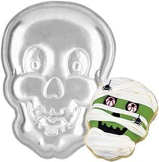 skull and crossbones cake pan