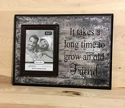 LynnYo22 - Cartel de Madera con Texto en inglés It Takes A Long Time To Grow An Old Friend