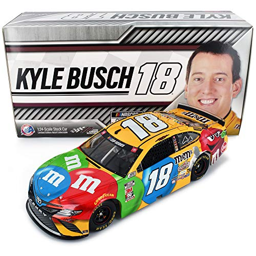 Lionel Racing Kyle Busch 2020 M&M NASCAR Diecast Car 1:24 Scale