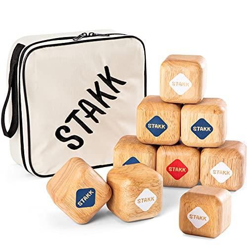 two46 STAKK | El nuevo juego de lanzamiento al aire libre para niños y adultos | Boccia/Boule fue cosa del ayer (juego de habilidad con 9 cubos de madera resistentes) – Inventado en Alemania