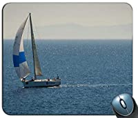 海の白と青のヨットパーソナライズされた長方形のマウスパッド、印刷された滑り止めゴム快適なカスタマイズされたコンピューターマウスパッドマウスマットマウスパッド