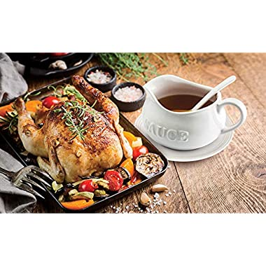24 Oz Gravy Boat, Tray and Ladle   Ceramic White Gravy Boat With The Word Sauce  On It