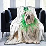 CONICIXI Día de San Patricio Perro Bulldog Inglés Verde Raza Trébol Trébol Animales Posando Vida Silvestre Vacaciones Twin/Double (150x200cm) Manta de Franela Ligera y cálida Suave