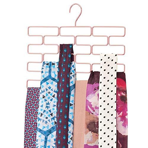 mDesign Percha múltiple para pañuelos – Organizador de pañuelos, chales, bufandas y fulares con 18 orificios – Organizador de accesorios para ahorrar espacio en los armarios – rosa