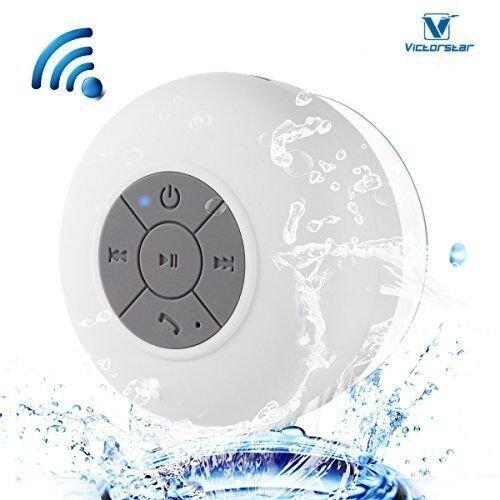 Resistente al agua Bluetooth 3.0 Ducha Altavoz, Altavoz Portátil de Manos Libres con Mic Incorporado, 6h de Tiempo de Juego, Botones de Control y Ventosa Dedicado para Duchas,Cuarto de baño,Piscina,Barco,Coche, Playa,al aire libre Usar (White)