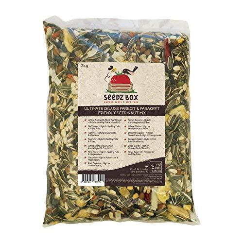 Seedzbox Miscela di Alta qualità per Pappagalli e Parrocchetti- Mix di Semi e Noci - Mangime Naturale per Animali Domestici- con Banana, Semi di Zucca, Arachidi e Avena Intera - Grassi e Fibre - 2 kg