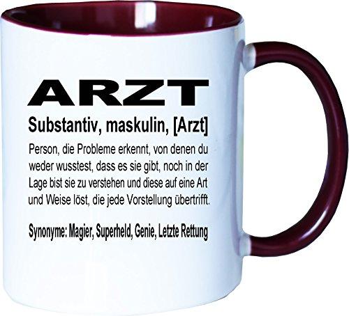 Mister Merchandise Kaffeebecher Tasse Arzt Definition Geschenk Gag Job Beruf Arbeit Witzig Spruch Teetasse Becher Weiß-Bordeaux
