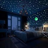 Hiveseen 470 Pezzi Stelle Fluorescenti Adesive Soffitto, Punti Luna Stelle Luminose Adesive per Decorazione Camera da Letto e Soggiorno Parete