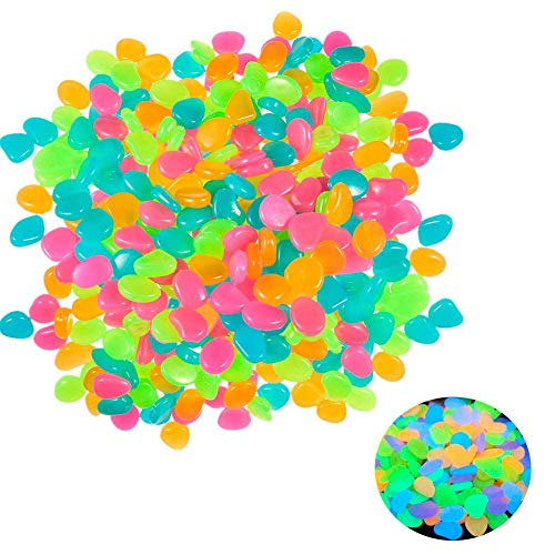 Vidillo Deko Steine, 100Stück Glow in The Dark Pebbles Stein Luminous Farbigen Steine für Garten Decor, Kies Gehwege Decor, Pflanzen, Aquarium Fisch Tank Etc, Bunt, Luminous Kunststoff Pebbles