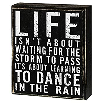 Jetec Classic Box Sign Wood Plaque with Inspiring Quotes Wall and Tabletop Decoration 6 x 7 x 1.77 inch Dance in The Rain