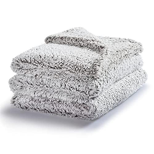 Bedsure Manta Cama 180 Sherpa - Manta Cubre Cama Grande de Invierno con Felpa Polar, Manta Cubre Sofa Extra Grande de Microfibra Suave y Gorda, Gris