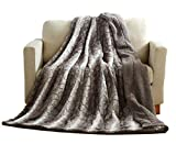 Tache 50 X 60 Inch Grey Snow Giraffe Super Soft Warm Embossed Faux Fur with Sherpa Back Throw Blanket