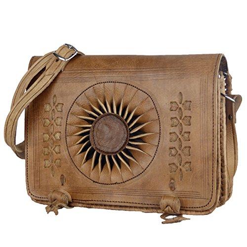 """Leder-Tasche """"Dorah"""" 22x28cm Hellbraun • marokkanische Umhängetasche mit Ledernäherei • 100% Handarbeit • Verstellbarer Schultergurt Aktentasche Bürotasche Abendtasche - Simandra"""