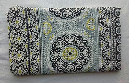 Charoli Enterprises Colcha de algodón kantha hecha a mano reversible bohemia, manta grande con estampado floral cosido, manta para habitación doble