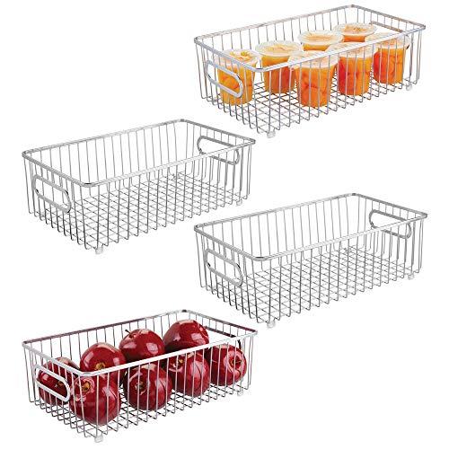 mDesign Juego de 4 cestas de metal – Versátil cesto de alambre multiusos para cocina o despensa – Organizadores de cocina compactos y universales con asas – plateado