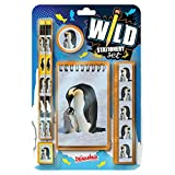 Wild Stationery Set - Pingüino de Deluxebase. Este divertido set de papelería para chicas y chicos incluye 2 lápices, goma de borrar, sacapuntas, regla y cuaderno