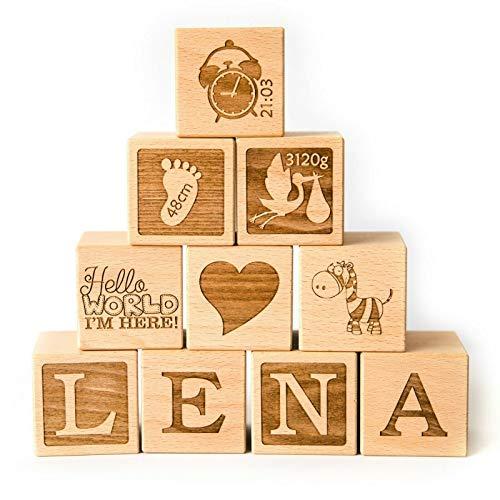 Holzwürfel mit Gravur - Baby Geschenk Junge - Baby Geschenk Mädchen - Babygeschenke zur Geburt Junge/Mädchen - Geschenke Baby - Baby Würfel mit Namen - Buche 4cm