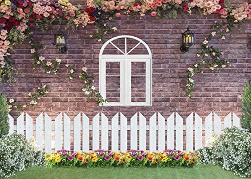 DANIU Garten-Blumen-Hintergrund, Ziegelmauer, Zaun, Fenster, floraler Rasen, Hintergrund für Geburtstagsparty, Babyparty, Dekoration, Portrait, Fotoautomaten, Studio-Requisiten (210 x 150 cm)