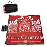 レジャーシート ピクニックシート クリスマス 赤 プレゼント リボン 節分ビーチシート 145cm×150cm 厚手 防水 折りたたみ 簡単収納 持ち手つき 遠足 公園 海辺 瑜伽 山登り おしゃれ