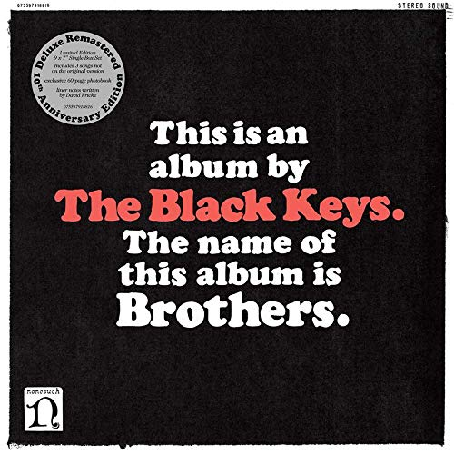 "The Black Keys - Brothers (Deluxe Remastered Anniversary Edition) Box: 9 Singles Vinilo 7"" + Libro 60 Páginas"