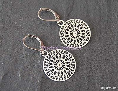 Boucles d'oreilles minimalistes crochets dormeuses acier inoxydable, estampe en filigrane, bijou fin discret léger