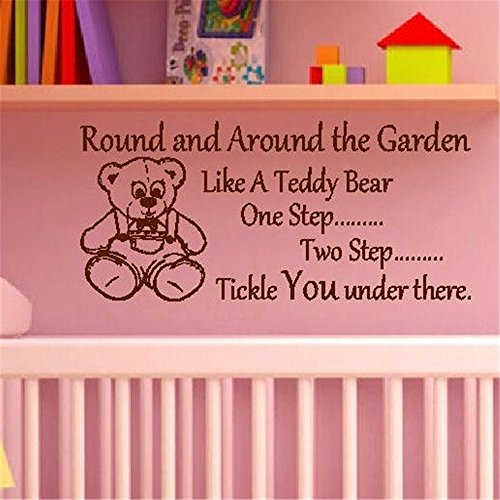 pegatinas de pared personalizadas Alrededor y alrededor del jardín, como un oso de peluche, un paso, dos pasos, te hacen cosquillas debajo de la habitación de los niños de guardería
