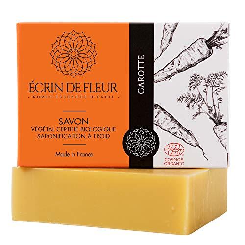 Écrin De Fleur - Savon Bio à la Carotte, Fait en France avec des Jus frais de Carotte et de Citron et d'Huile de Tamanu, Riche en Béta-Carotène et Antioxydants pour une Peau Saine, non-Parfumé, 100g