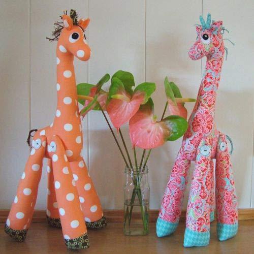 Melly & Me Mevrouw Perkins Giraffe zacht speelgoed naaien patroon