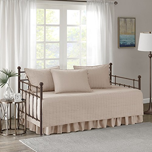 Comfort Spaces Kienna Soft Microfiber Solid Blush Stitched Pattern 5 Piece Quilt Daybed Bedding Sets, 75'x39'