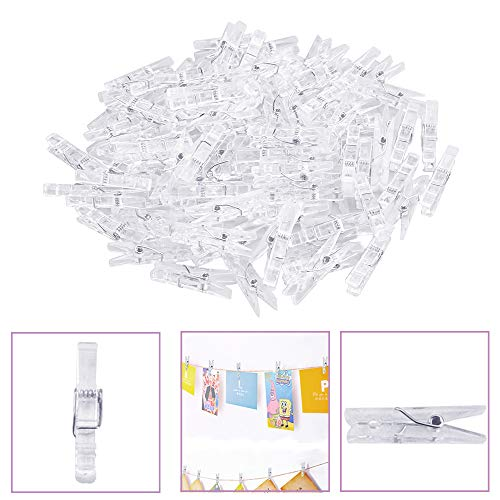 AFASOES 100 Pcs Pinzas Fotos Pequeñas Mini Pinzas de Ropa Plastico Pinzas Transparentes Fotos Decoracion Clips Fotos Mini Pinzas decorativas para Sujetar Tarjetas Fotos Ropa de Bebé (3.5cm de Largo)