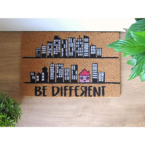KOKO DOORMATS felpudos Entrada casa Originales, Fibra de Coco y PVC, Felpudo Exterior BE Different, 40x60x1.5 cm | Alfombra Puerta Entrada casa Exterior | Felpudos Divertidos para Puerta