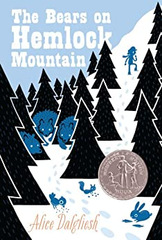 The Bears on Hemlock Mountain (Ready-For-Chapters) by [Alice Dalgliesh, Helen Sewell]