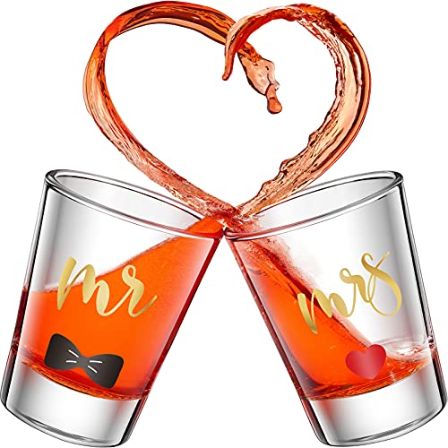 2 Piezas Vasos de Chupito de Mr y Mrs Copas de Vino de Oro de 2 Onzas para Boda Fiesta Vaso de Aniversario Compromiso Copa de Vino de Pareja para Recién Casados Parejas (Estilo Delicado)