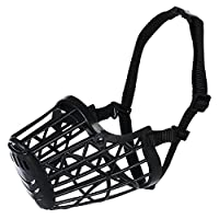 Close mesh provides safety Made of plastic material With nylon strap fully adjustable Help protect your dog and the surroundings Quick easy to fit and can be used during exercise and play