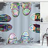 Cortina de baño moderna, zapatos rockeros rebeldes de goma para adolescentes en Street Squad Friends Gang Abstract Image Print, conjunto de decoración de baño de tela de tela con ganchos, azul bebé