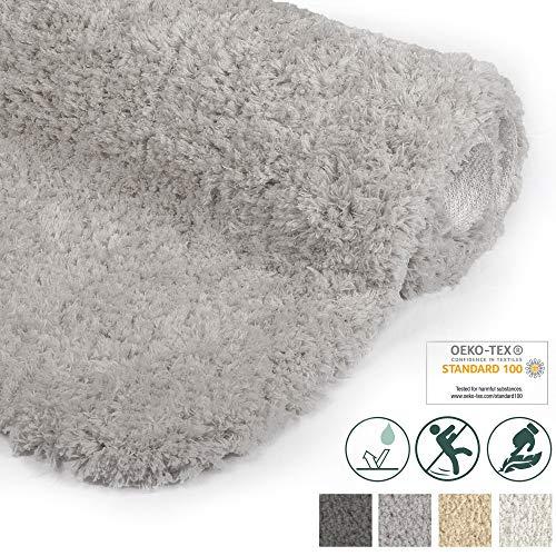 Beautissu Badematte rutschfest BeauMare FL Hochflor Teppich 100x60 cm Hell-Grau - WC Badteppich flauschige Bodenmatte oder Badvorleger für Dusche, Badewanne und Toilette - für Fußbodenheizung geeignet