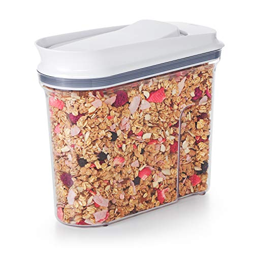 OXO Good Grips Boîte à céréales POP - Distributeur de céréales à joint hermétique - Rangement pour la cuisine - Blanc/Transparent, Petit format 2,3 L