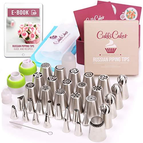 CukkiCakes Boquillas Rusas de Repostería - Set Decoración de Cupcakes y Tartas (61pcs): 34 Boquillas + 20 Mangas Pasteleras Desechables + Bolsa Silicona Reutilizable + 4 Adaptadores + Accesorios