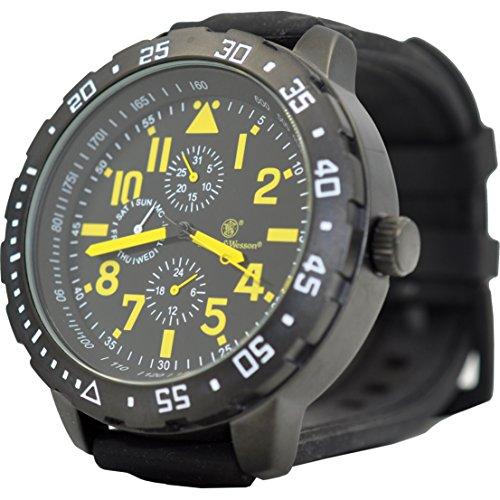 Smith & Wesson Calibrator Watch, 5ATM Yellow, Precision Quartz, Black Rubber Strap, 51mm