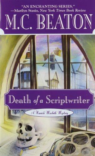 Death of a Scriptwriter (Hamish Macbeth Mysteri... 0446606987 Book Cover