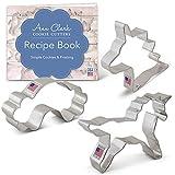 Ann Clark Cookie Cutters Juego de 3 cortadores de galletas unicornio fantasía con libro de recetas, cabeza de unicornio, unicornio y arco iris - Acero fabricado en EE.UU.