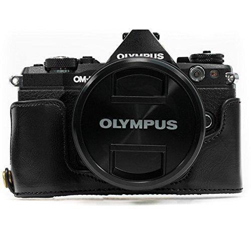 MegaGear Ever Ready MG966 - Funda de Piel con Correa para cámara Olympus OM-D E-M5 Mark II, Color Negro