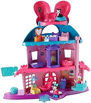 Minnie Mouse s Home Sweet Headquarters is a 4-level dollhouse playset with five rooms of play and features three figures 12 play pieces an elevator and Minnie s magic Turnstyler fashion closet.