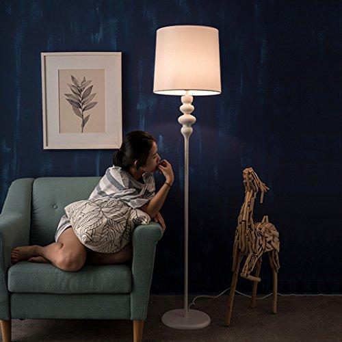 MILUCE Lampe de sol nordique simple, lampe de chevet de chambre à coucher, lampe de sol en fer noir et noir, lampe en tissu réticulé, interrupteur à pied (Couleur : Blanc)