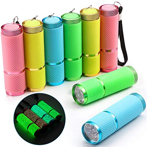 8 Piezas Linternas Fluorescente 9 LED Linternas Recubiertas de Goma con Mango Mini Antorcha LED Linterna Práctica Portátil de Aluminio para Fiesta Senderismo Camping en 4 Colores