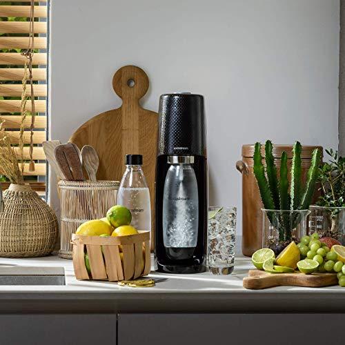 SodaStream Easy Wassersprudler zum Sprudeln von Leitungswasser, macht aus Leitungswasser Sprudelwasser – ohne schleppen. mit 1 Zylinder und 1L PET Flasche (BPA frei); Farbe: schwarz - 4
