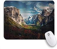 VAMIX マウスパッド 個性的 おしゃれ 柔軟 かわいい ゴム製裏面 ゲーミングマウスパッド PC ノートパソコン オフィス用 デスクマット 滑り止め 耐久性が良い おもしろいパターン (壮大な西部ヨセミテ国立公園の森に覆われた山の丘の岩)