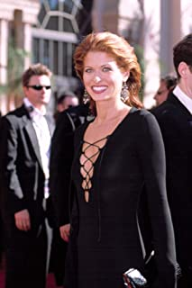 Posterazzi Poster Print Collection Debra Messing (Gucci Dress) at The Emmy Awards 9222002 La Ca by Robert Hepler. Celebrity (8 x 10)