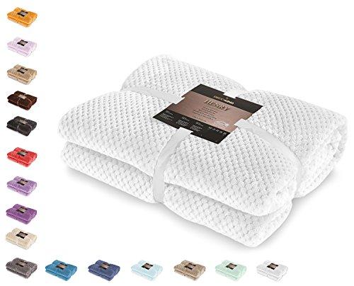 DecoKing 58992 Kuscheldecke 170x210 cm weiß Decke Microfaser Wohndecke Tagesdecke Fleece weich sanft kuschelig skandinavischer Stil Henry