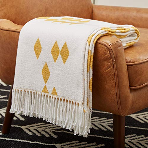 Yellow Diamond Pattern Throw for Living Rooms
